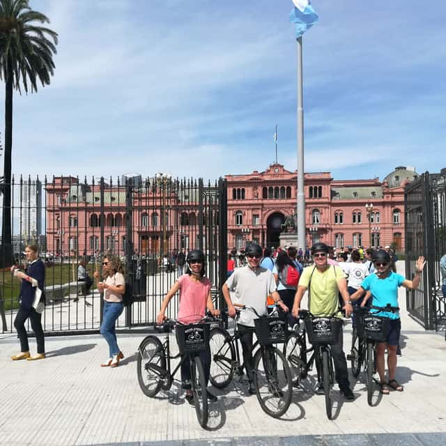 City Tour at Plaza de Mayo