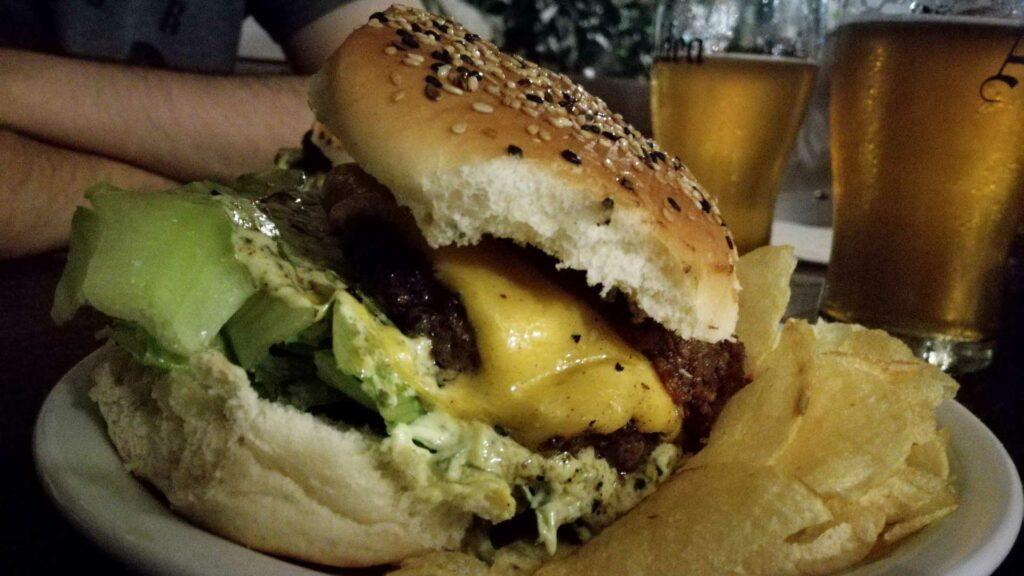 burger from El Banco Rojo