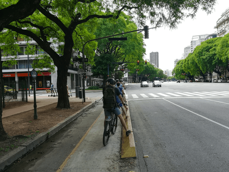 Comfy bike lane on Libertador Av.