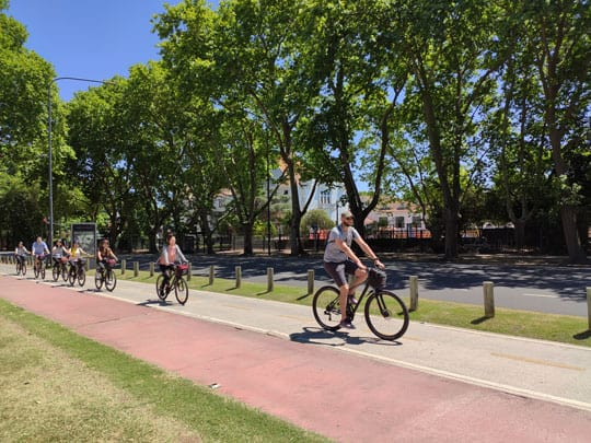 Biking tour in bosques de palermo