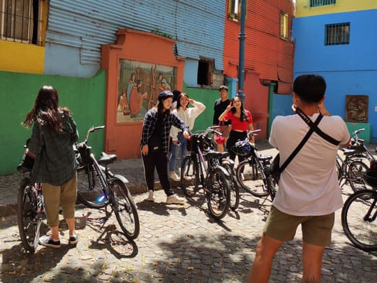 Taking pictures at caminito during a bike tour