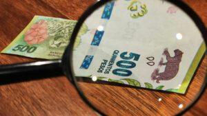como detectar billetes falsos